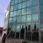 Limpieza de Fachada de muro de cristal en Sillería Aragonesa